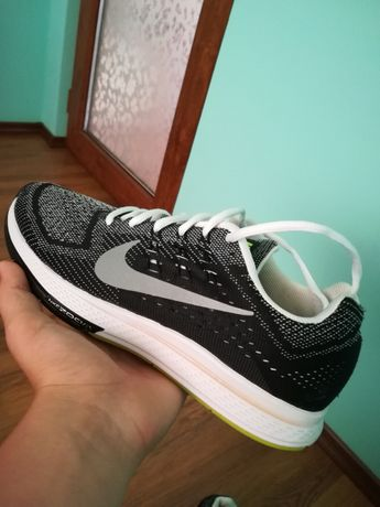 Adidasi Nike RunFast