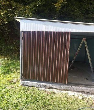 Garaje auto din structură metalică