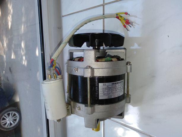 Двигатель асинхронный к электромясорубки мим-300 тм-32