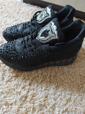 Удобни обувки 36 номер