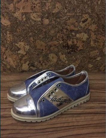 Новая обувь,кеды,37 размер