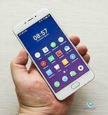 Продам оригинал  Meizu M6 - 4G+пам-16 гегов -2-сим! Отпечаток пальца!