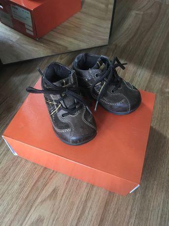 Детские ботиночки осень-весна