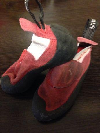 Papuci de catarat pentru copii