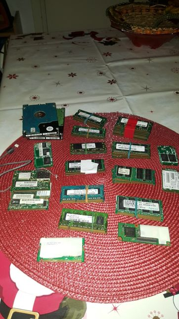 Vand memori leptop de la 250-500-1G-2Gde ram pc 1 -2 -3 ddr1 ddr2 ddr3