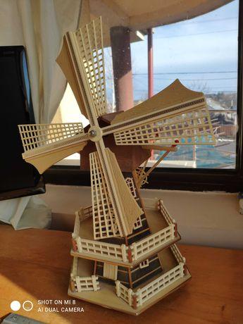 Moara de vânt miniatura