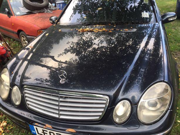 Dezmembrez Mercedes E W211 2.2CDI