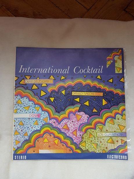 Disc Pick-up International Cocktail