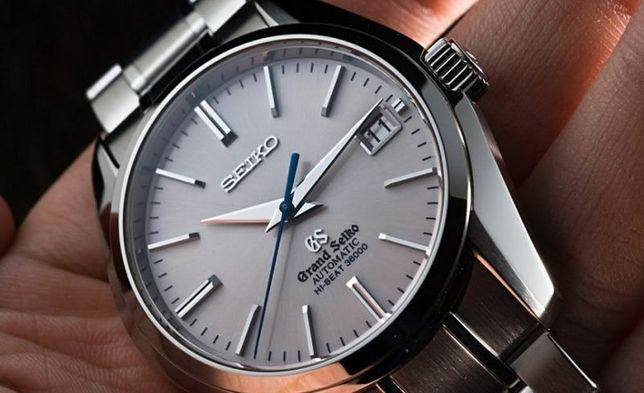Reparatii ceasuri mana
