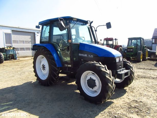 New Holland TL 70 Tractor