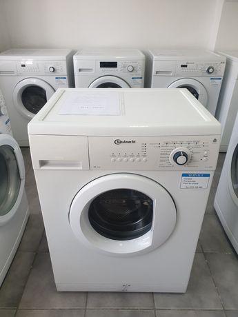 Masina de spălat rufe Bauknecht.  Cuva 6 kg.