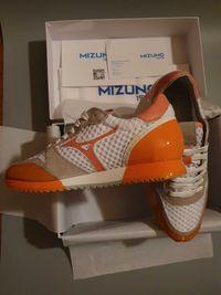 Adidasi Mizuno Etamin 2 Editie Limitata