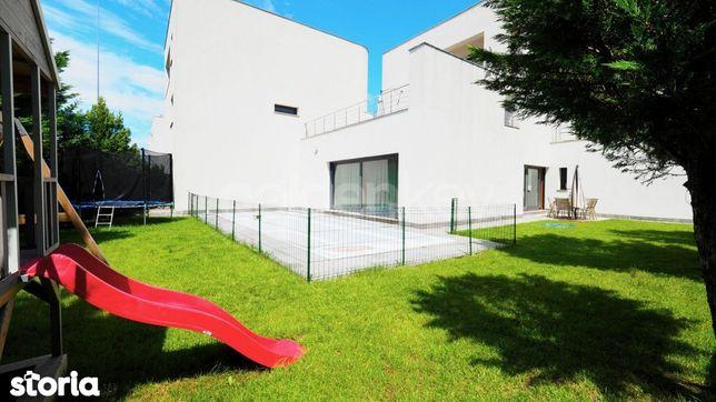 Vilă moderna cu piscina si garaj