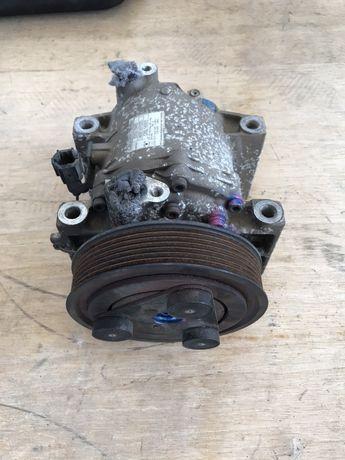 Compresor clima nissan navara D40 motor 2.5dci