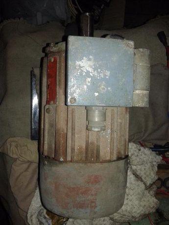 Ел.мотор монофазен