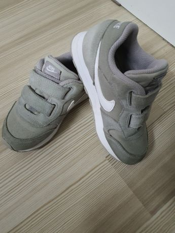 Adidasi nike pentru copii-marime 27