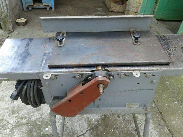Дърводелски машина триоперационна