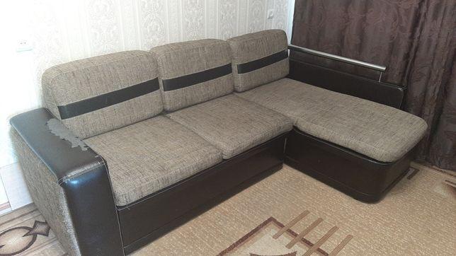 Продам мягкую мебель(диван угловой)