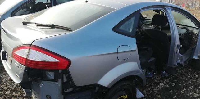Vand haion +luneta Ford Mondeo Mk4 2008 hatchback