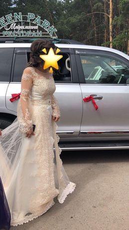 Продам шикарное платье на узату