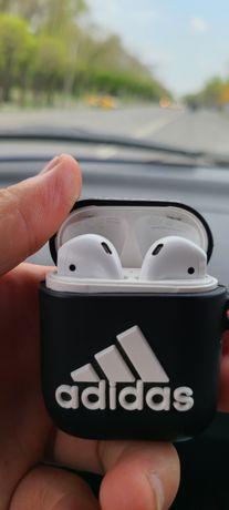 Airpods 1series original безпроводные наушник хорошего состояние