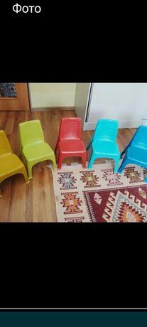 Детские стульчики пластиковые новые