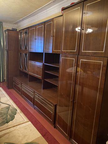 Комплект мебели для гостинной. Производство Болгария