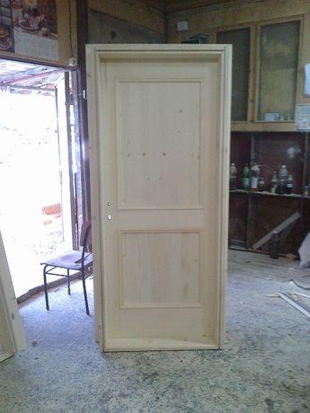 Произвеждам дървени масивни врати