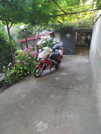 Скутер Пежо джет форс