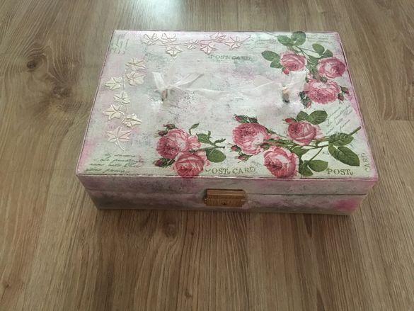Кутия за бижута- винтидж