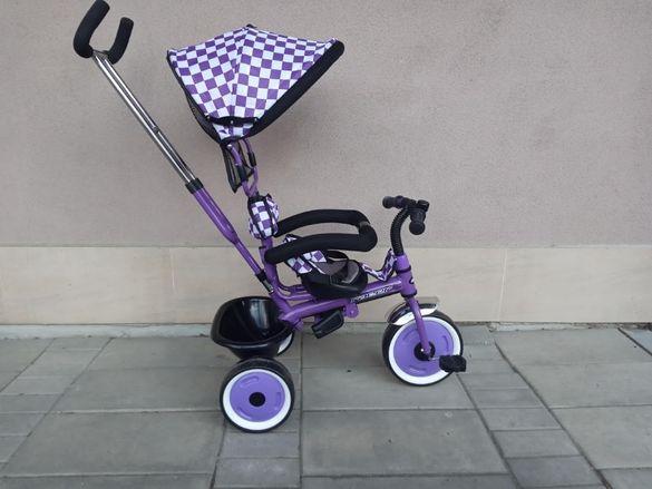 Продавам колела внос от Германия детска триколка със сенник CHIPOLINO