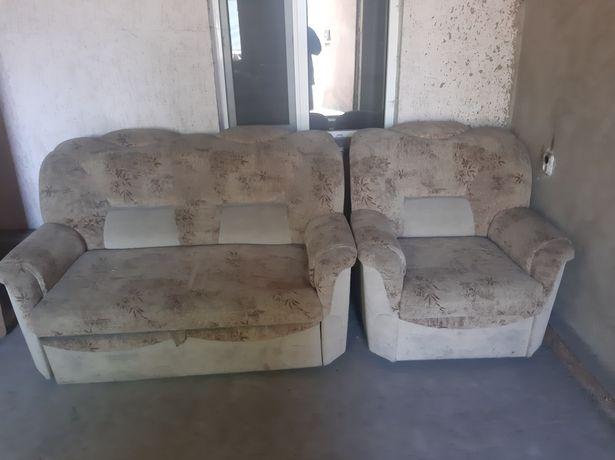 Продается диван двойка
