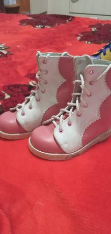 Продам ортопедическую обувь 5000