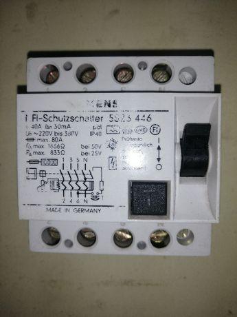 Продавам трифазни дефектно токови защити - 40 А
