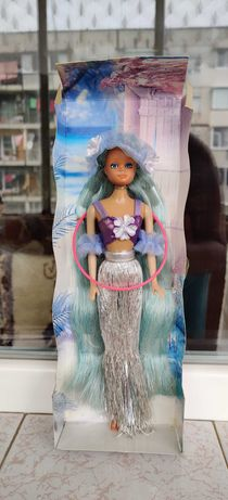 Продавам чисто нови кукли Барби/Barbie