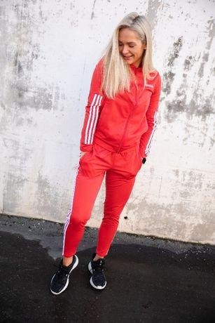 НОВ Adidas Back 2 Basics 3-Stripes Tracksuit дамски екип/анцуг - р.S-М