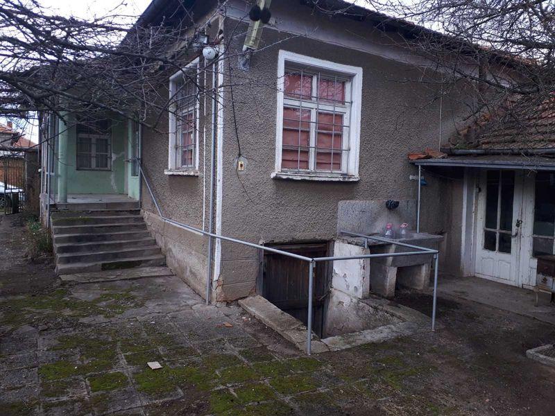 Къща в село Малко Градище гр. Хасково - image 1
