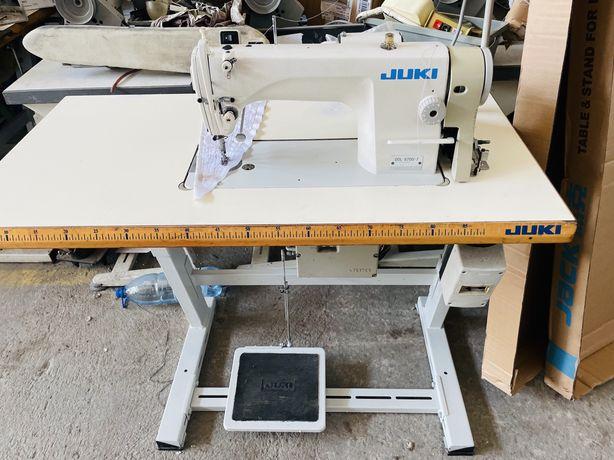 Masina de cusut liniar automata JUKI Gata de utilizare