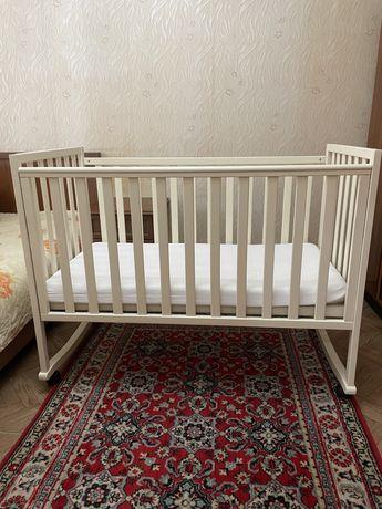 Продам детскую кровать,в хорошем состоянии