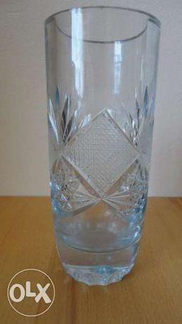 Кристални вази и гарафа