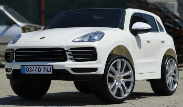 Masinuta electrica pentru 2 copii Porsche Cayenne XXL #White