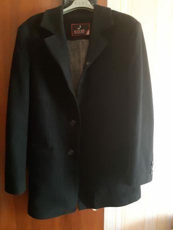 Продам пальто мужское и костюм двойка