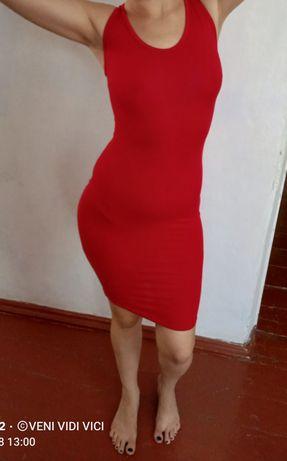 Продам два платья