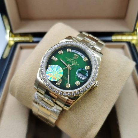 Rolex Day-Date 36MM Diamond Gold Green Automatic 02