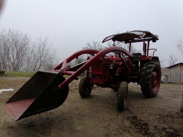 Tractor de vânzare
