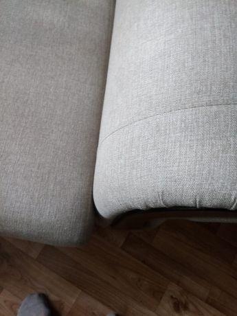 Диван отличный (диван)