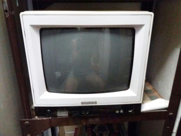 Televizor mic