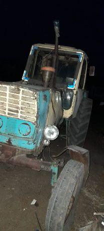Трактор для хозяйства