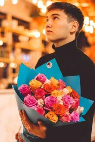 Доставка цветов. Букет из 25 роз