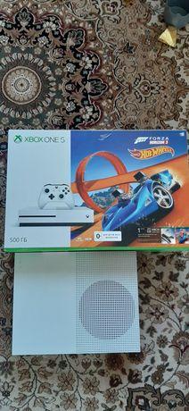 Продам xbox one s, 500gb